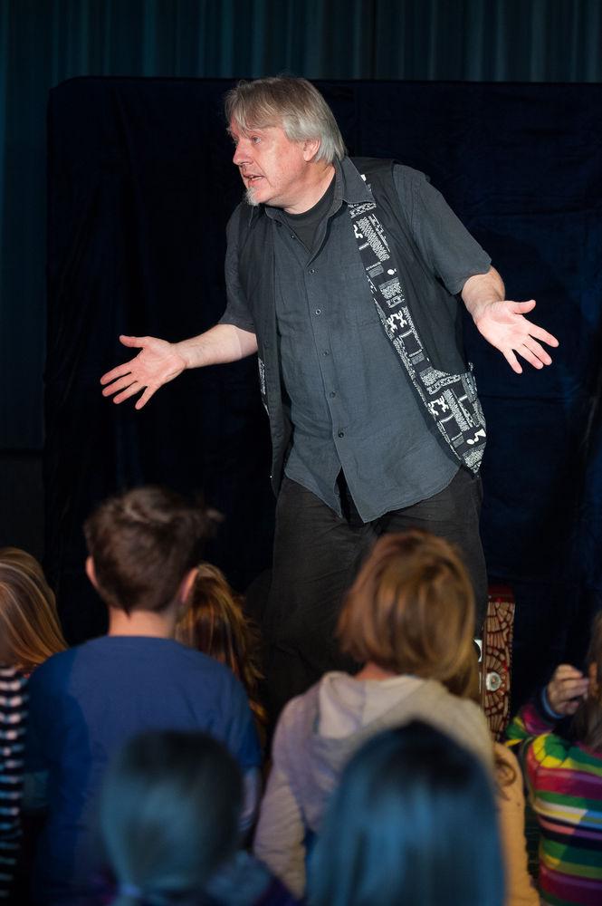 Heiner Hitz Märchenerzähler im Kindergarten 3